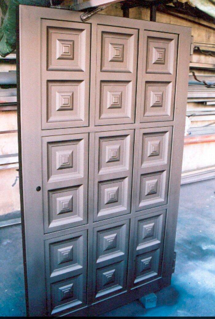 Modelos de puertas metalicas para casas great puertas for Puertas metalicas para casa
